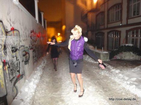 high heels eis schnee